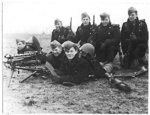 Dansk rekylgeværgruppe i Sønderjylland. Billedet er taget før den 9. april 1940. Foto: Frihedsmuseets billedarkiv.
