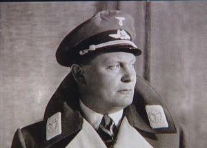 Generaloberst Herman Göring er chef for det tyske luftvåben 'Luftwaffe'. Han protesterer i dag voldsomt over kommandoforholdet i Weserübung. Fra Frihedsmuseets billedarkiv.
